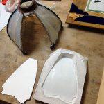 湾曲したガラスのランプの修理