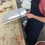 ステンドグラスの板ガラスの幅切り<br>(ピージュの作り方)