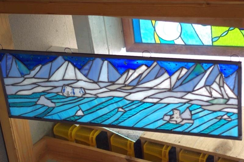 北極のステンドグラス