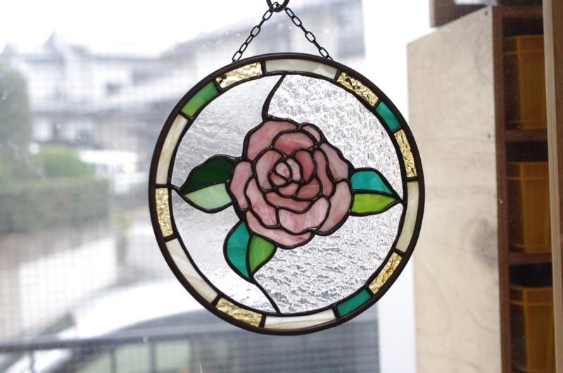 ステンドグラス薔薇パネル