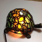 嫁の作った亀のステンドグラス
