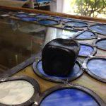 ステンドグラスの鉛ケイム技法で使う黒パテです(*^^*)