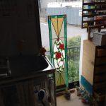 バラのステンドグラスパネル