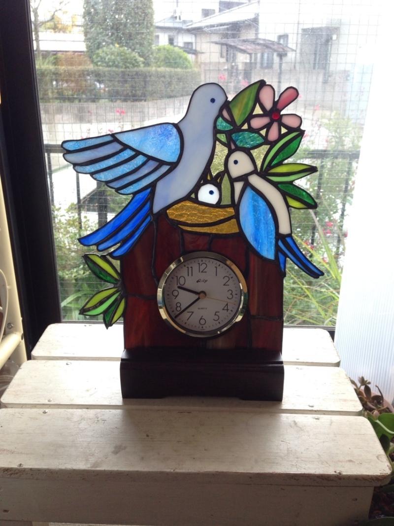 ステンドグラスの鳩の時計