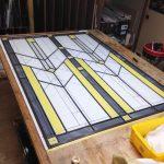ゴシックデザインのステンドグラスパネル