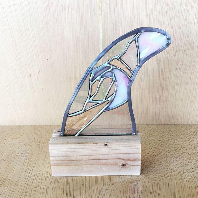生徒さんの作品。小さなパネル。木の台も専用に作りました。